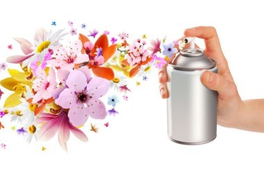 Hand spraying air freshener can with phthalates in it
