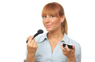 Woman applying guilt free cruelty free make up