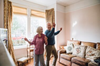 Seniors dancing at home to burn fat and lose weight