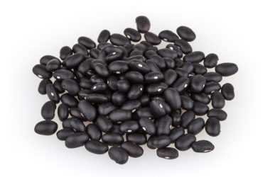 Pile of black beans which are full of healthy prebiotics and fermentable fiber