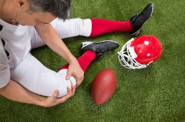 Rugby player in pain can use curcumin for pain relief
