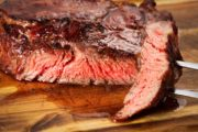 juicy grilled steaks on a cutting board may be superbug contaminated meats