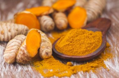 Turmeric powder and roots could fight stomach cancer